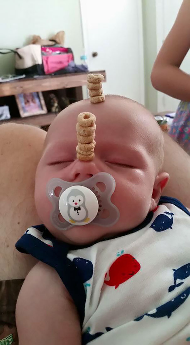 cheerio-challenge-dads-stack-cheerios-babies-funny-competition-1-576518fa9d326__605
