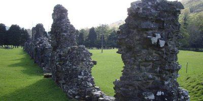 Varas palautti varastamansa kiven takaisin luostariin – uskoi tuottavan huonoa onnea