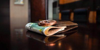 Mies sai lompakkonsa takaisin 47 vuoden jälkeen – uskomaton tuuri