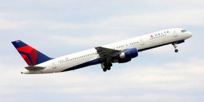 Lentokone teki kirjaimellisen hätälaskun – matkustajien piti päästä vessaan.
