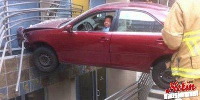 Nämä ihmiset kävivät erilaista autokoulua! – Ainakin parkkeerauksen suhteen!