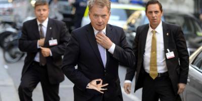 Presidentti Sauli Niinistö joutui kuvankäsittelijöiden käsittelyyn – Katso hienot kuvat!